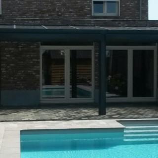overkapping veranda België met rolluiken