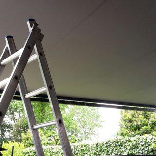 Vrijstaande zonwering zonnescherm terrasoverkapping overkapping veranda