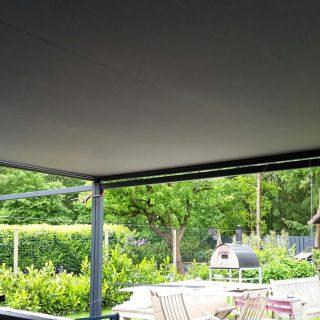 Terrasoverkapping veranda met zonwering zonnescherm overkapping Veenendaal Rhenen Ede Wageningen Bennekom Oosterbeek