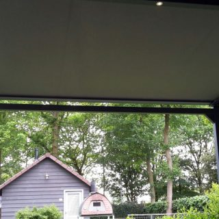 terrasoverkapping veranda overkapping met zonwering zonnewering vrijstaande