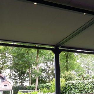 vrijstaande zonwering veranda overkapping terrasoverkapping zonnescherm zonnewering terraszonwering