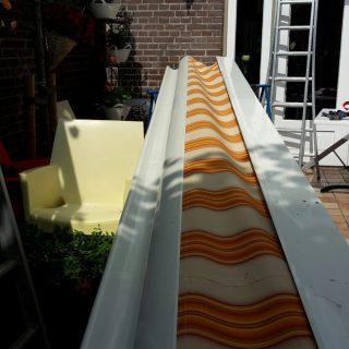 zonwering Veenendaal knikarmscherm zonnescherm terrasscherm
