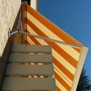 zonwering zonnescherm zonnewering knikarmscherm Veenendaal