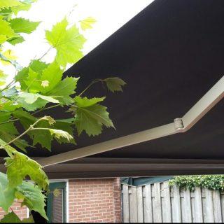 knikarmschermen zonwering Rhenen Wageningen Ede Veenendaal Utrecht