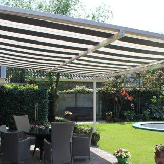 Piazzola zonwering veranda Frema Rhenen Veenendaal Ede Wageningen e.o. zonnescherm overkapping