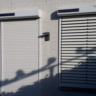rolluiken met kantelbare lamellen solarrolluiken rolluik solar snoerloos draadloos zonder gaten boren Frema zonwering Rhenen Veenendaal Ede Wageningen Utrecht Gelderland