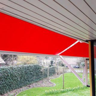 uitvalschermen zonwering grote zonneschermen Maxi Neos xl