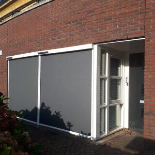 zonwering op zonne-energie screens solarscreens antraciet zonnepaneel zonnecel FREMA Zonwering Rhenen Veenendaal Ede Wageningen Utrecht Gelderland Betuwe e.o.